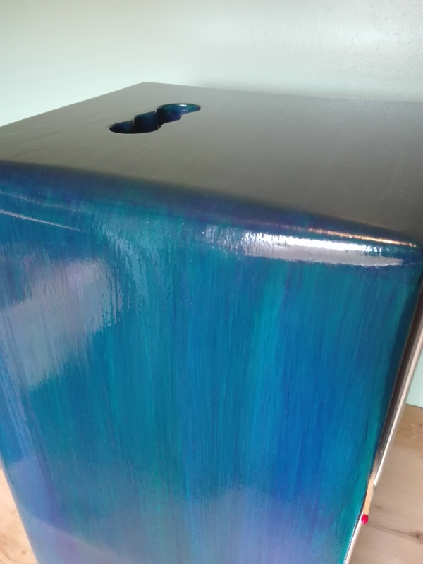 Jeff cajón de madera maciza hecho a mano